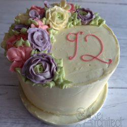 celebration cake buttercream flowers 1